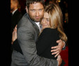 Jen and Gerard get Friendly at Film Premiere