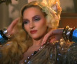 Uma Thurman sells out for Schweppes