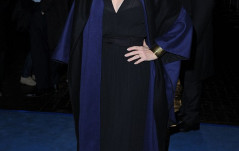 Meryl in Blue