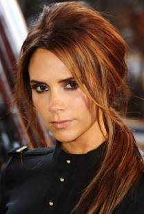 VICTORIA BECKHAM AND VOGUE ON FASHION