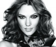 KARLIE KLOSS JOINS THE L'OREAL GIRL GANG