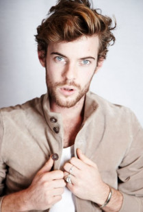 INTERVIEW: HARRY TREADAWAY