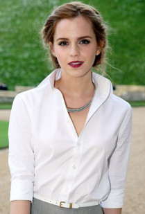 EMMA WATSON TO HOST LIVE DISCUSSION