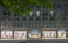 JOHN BELL & CROYDEN: THE ULTIMATE PHARMACY