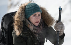 NEW TRAILER: THE MOUNTAIN BETWEEN US