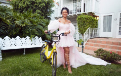 RIHANNA'S CHARITY HELPS GIRLS IN MALAWI GET TO SCHOOL