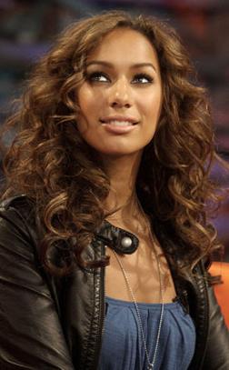 <b>Leona's Bust Up...</b>