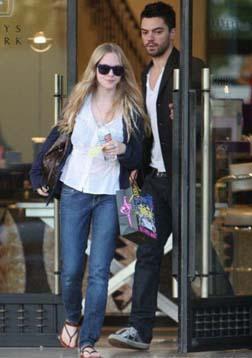 Amanda & Dominic Cooper