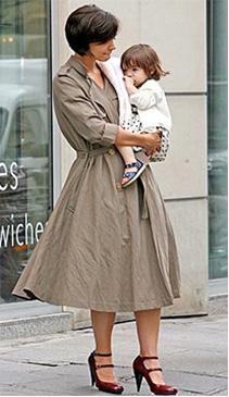 Katie Holmes in Trench Coat