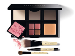 Create a bespoke palette at Bobbi Brown