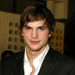 <b>Ashton Kutcher ...</b>