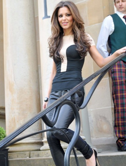 <b>Cheryl Cole to Launc...</b>