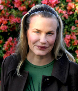 Has Daryl Hannah had surgery?