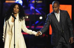 <b>Janet Jackson Pays T...</b>