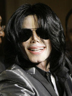 <b>Farewell King of Pop...</b>