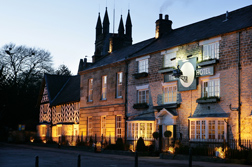 <b>The Black Swan Hotel...</b>
