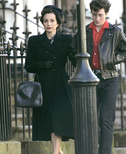Kristin Scott Thomas and Aaron Johnson in Nowhere Boy