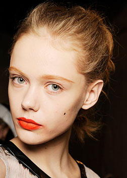 Giambattista Valli S/S Beauty