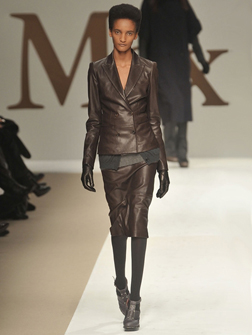 Max Mara on the runway e008d8a13