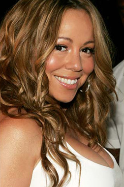 <b>Mariah Brings Christ...</b>