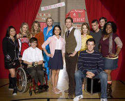 <b>Glee on E4 tonight ...</b>