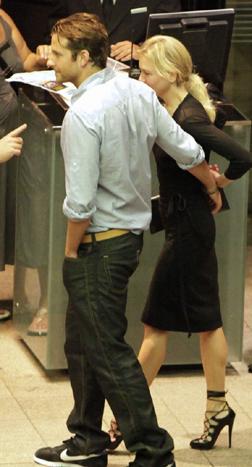 Bradley Cooper & Renee Zellweger