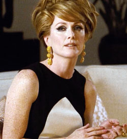 <b>Julianne Moore in A ...</b>