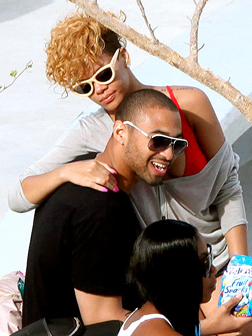 <b>Rihanna's New Man...</b>