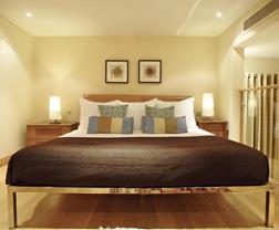 Sherlock Holmes Loft Suite