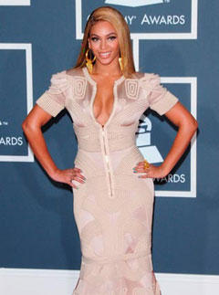 Beyonce at the Grammys 2010