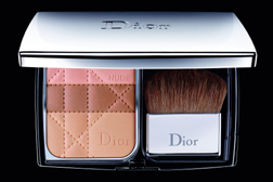 Dior DiorSkin Nude Natural Glow Sculpting Powder Foundation