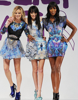 Kate, Annabelle and Naomi in McQueen