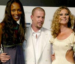 Naomi Campbell, Alexander McQueen & Kate Moss