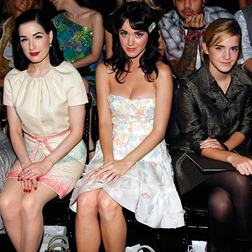 <b>Front Row at Paris F...</b>