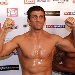 <b>Alex Reid Wants To B...</b>
