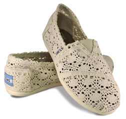 <b>TOMS Shoes Exclusive...</b>