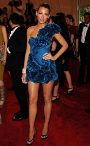 Blake Lively in Marchesa with THOSE legs...