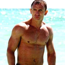 Daniel Craig Topless