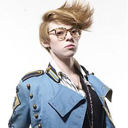 <b>La Roux Models Mensw...</b>