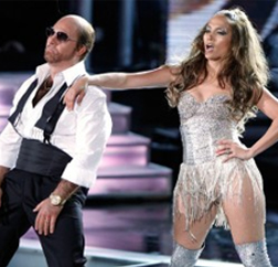 Tom Cruise and J-Lo perform at the MTV Movie Awards 2010