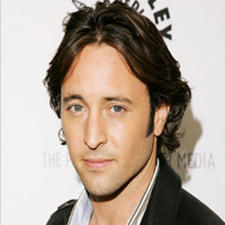 <b>Alex O'Loughlin...</b>