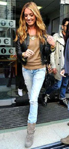 Cat Deeley in her casual vintage inspired look
