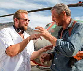 Joe Carnahan and Liam Neeson on set