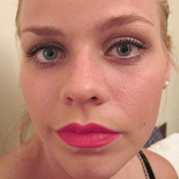 Paint Lips with creme colour