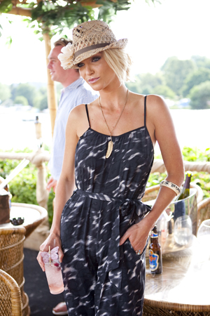 Sarah Harding with a Gallo Rosito