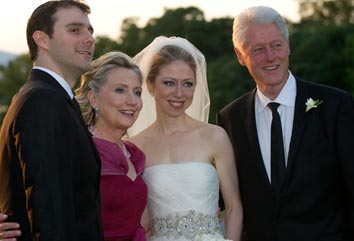Chelsea Clinton with her husband and parents
