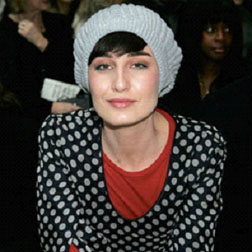 <b>Erin O'Connor's Fash...</b>