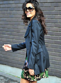 Frida Pinto leaving a studio in London