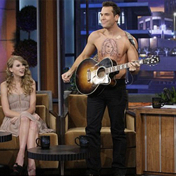 Dane Cook's Taylor Swift tattoo on the Tonight Show