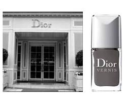 <b>Dashing Dior...</b>